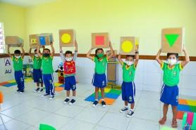 Felicidade e emoção marcam o retorno às aulas presenciais em Boa Vista
