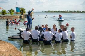 Alunos do curso de formação da Guarda Civil Municipal participam de treinamento prático na água