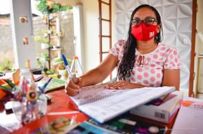COMUNICADO -  Convocados aprovados em Concurso da Educação devem entregar documentação até sexta-feira, 9